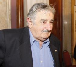 """Mujica: """"Batlle es un viejo irresponsable, siempre ha procedido así"""""""