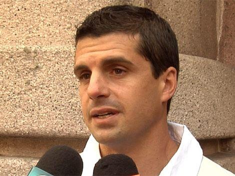 Hincha de Nacional, de profesión contador, que amenazó a árbitro Cunha llamó para disculparse