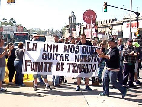 Angustia: Vendedores ambulantes piden que los dejen trabajar hasta Reyes