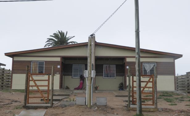 """Desalojan a """"compradores"""" de vivienda de una realojada que se fue a vivir a un ranchito"""
