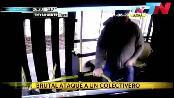 """Pasajero porteño atacó a trompadas al colectivero porque """"iba despacio"""""""