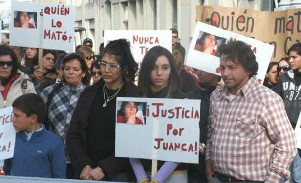 Por dos tizas de pasta base mataron a joven en Trinidad: 3 presos por un homicidio de 2008