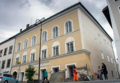 Austria embargará la casa natal de Hitler para impedir que se convierta en lugar de peregrinación nazi