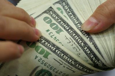 El dólar bajó fuerte en Uruguay y el peso se fortalece