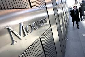 Astori le pegó duro a calificadora Moody's