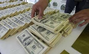 Dólar toca piso en Uruguay