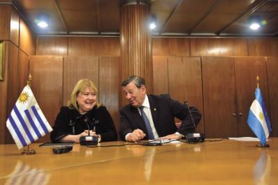 """Europa """"se inquieta"""" por la crisis del Mercosur"""