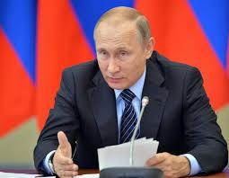 Putin desmiente el pirateo a los demócratas de EEUU, pero aplaude la filtración