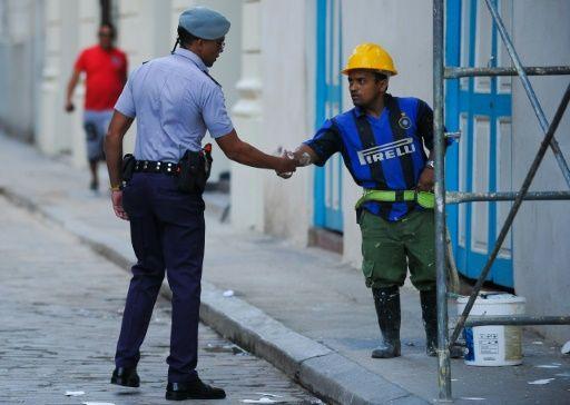 Cuba aplicará un impuesto a la renta a 1,3 millones de empleados estatales