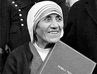 """""""Fundamentalista religiosa""""...Las duras críticas a la Madre Teresa de Calcuta"""