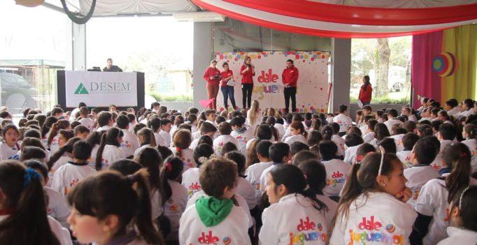 """Cuarta edición de """"Dale Juguemos"""" transmitió hábitos saludables a más de 2.000 escolares en Uruguay"""