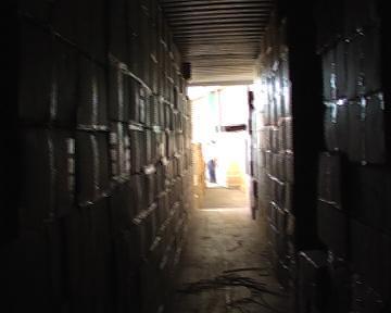 Aduanas a los latigazos con contrabandistas y falsificadores