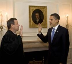 Obama tuvo que repetir, en privado, el juramento en la Casa Blanca por haber cometido un error en asunción