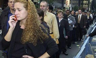 En España la crisis cobra víctimas en familias y empresas y la morosidad se triplica