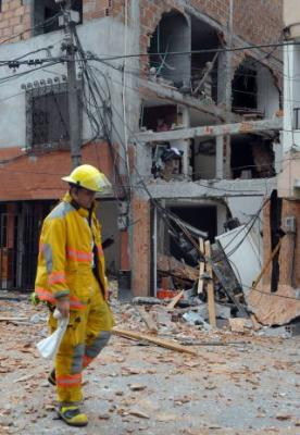 Un funcionario de la Embajada de EE.UU. y un bebé heridos por una explosión en Bogotá