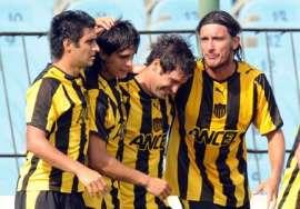 Peñarol le ganó a Cerro Largo y es puntero del Clausura junto a Defensor