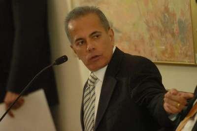 Fiscalía de Venezuela pide detención del alcalde de Maracaibo y líder opositor por corrupción