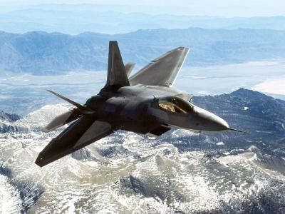 Se estrella caza F-22 de Estados Unidos en California y muere el piloto