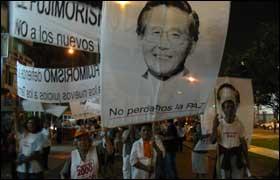 En Perú, más de 10 mil partidarios se comprometen a luchar por la libertad de Fujimori