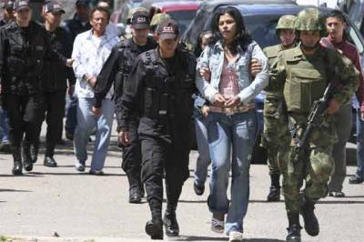 Dos policías muertos y otros dos heridos dejó ataque de milicianos en Nariño, Colombia