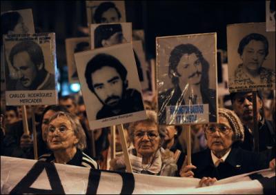 Los uruguayos anularán ley de Caducidad que protege a militares represores, según consultora