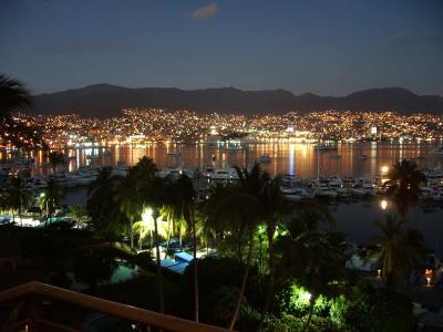 En el corazón de Acapulco 15 pistoleros muertos en un infernal tiroteo con militares