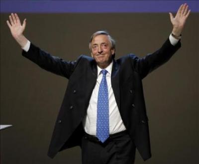 Argentina: Francisco De Narváez saca leve ventaja a Kirchner a pocos días de comicios