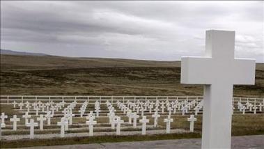 """El cementerio de los argentinos muertos en las Malvinas es ya un """"lugar histórico nacional"""""""