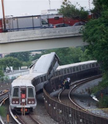 Washington: nueve muertos en accidente de trenes subterráneos