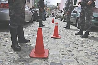 Venezuela: hay 1.800 policías bajo investigación por delitos