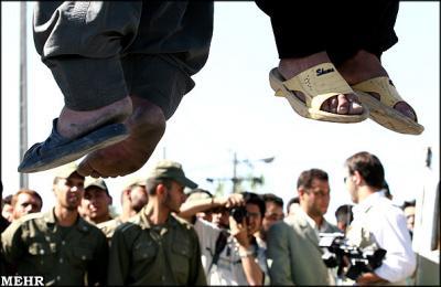 Irán ejecuta a 13 rebeldes suníes