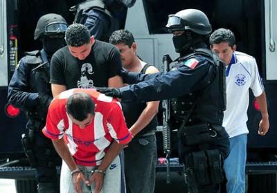 Venganza diabólica en México: los 12 asesinados en Michoacán eran agentes federales