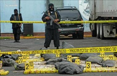 Costa Rica: Decomisan una tonelada de cocaína y capturan a cuatro colombianos