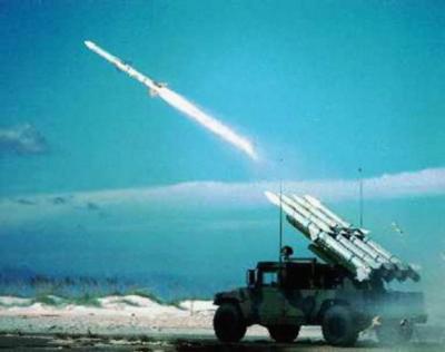 Perú denuncia que Chile incita carrera armamentista