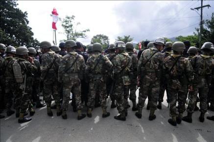 Zelaya regresa a Nicaragua tras pisar suelo hondureño