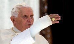 La caída del Papa fue por caminar en la oscuridad