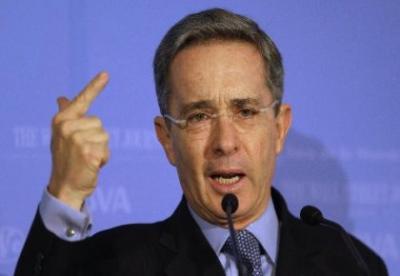 El presidente de Colombia pretende convencer a la región que las instalaciones castrenses de EEUU no son bases militares