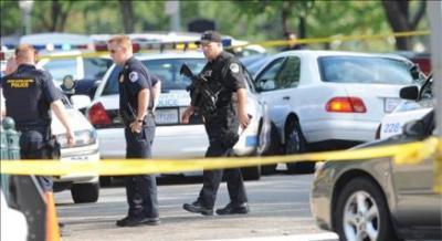 EEUU: apagó las luces del gimnasio en Pittsburgh y empezó la masacre; 5 muertos y 15 heridos