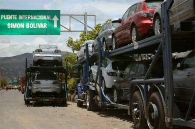 Se aquietan las aguas entre Venezuela y Colombia: Chávez ordenó el retorno de embajador a Bogotá