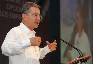 La Iglesia de Colombia, Ecuador y Venezuela buscan mediar en la crisis de los Gobiernos