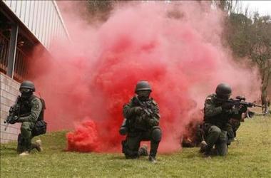 Grupos de elite colombianos enseñan técnicas de rescate a policías brasileños