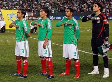 EEUU y México consiguen una plaza en el Mundial de Sudáfrica