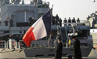 La marina francesa dispara contra un barco pirata
