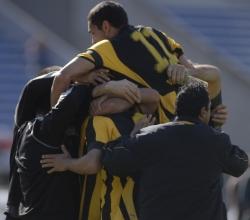Uruguay: Peñarol derrotó 3 a 2 a Central Español por el Apertura