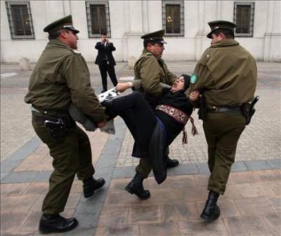 El Gobierno chileno acusa a dirigentes mapuches de utilizar mujeres y niños como escudos