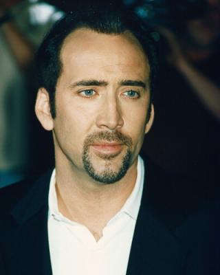 Nicolas Cage acosado por un mimo