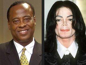 Médico de Michael Jackson esperó una hora para pedir auxilio