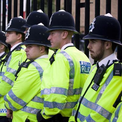 La Policía británica arresta a personas sólo para registrar su ADN