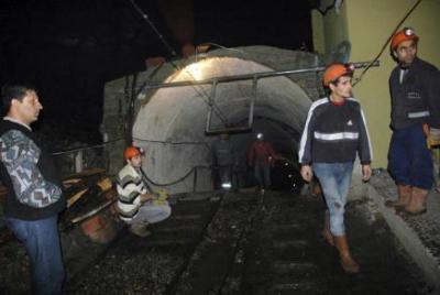 19 muertos al explotar una mina de carbón en Turquía
