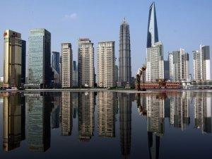 Mujer china sobrevive a caída de piso 18